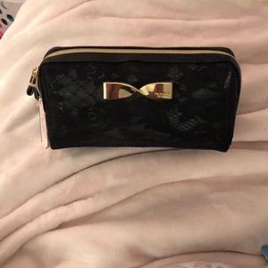 new with tags victorias secret makeup clutch